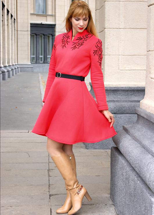 Красивое теплое платье
